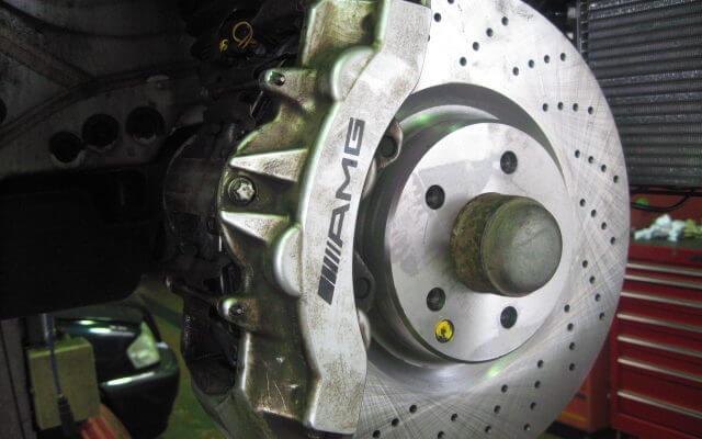 AMG6ポットキャリパー